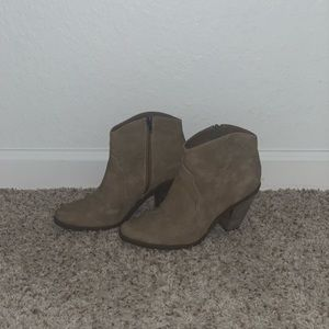 Dolce Vita - Size 9 - Booties - Great Condition